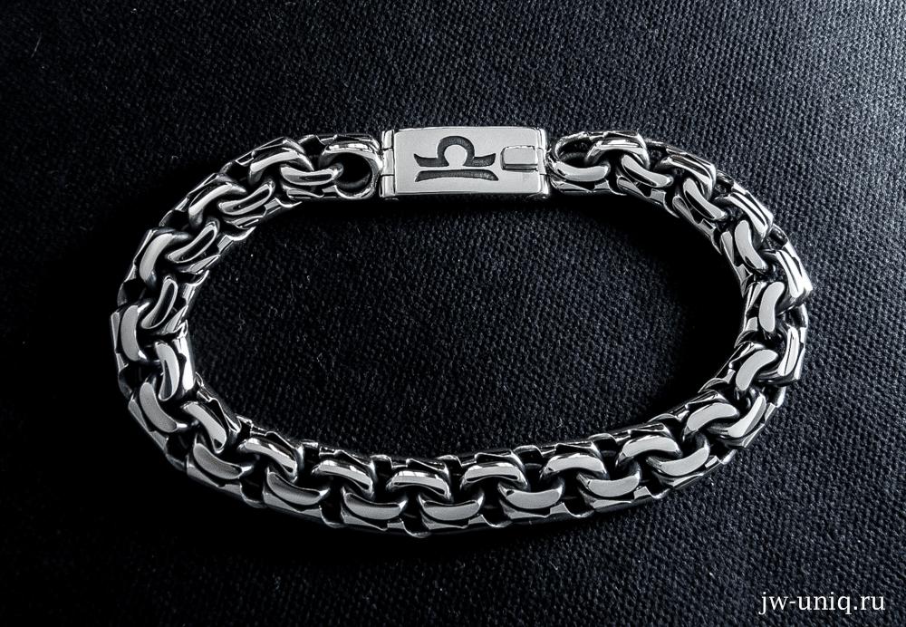 Гравировка на замке серебряного браслета знака зодиака Весы